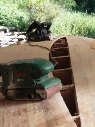 The PBS7 Bosch Belt Sander and Wicks power plane used on the job.