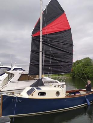 SY Befur moored under sail